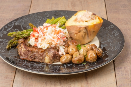 dungeness: A surf and turf meal using beef steak and Dungeness Crab