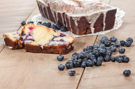 cafe y pastel: Fresco de ar�ndanos al horno tarta de caf� lim�n Foto de archivo