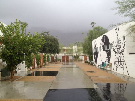 Palm Springs California. A rainy day at work.   Stock fotó