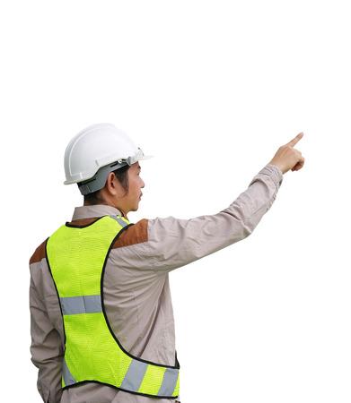Mannelijke bouwvakker wijzen geïsoleerd op witte achtergrond