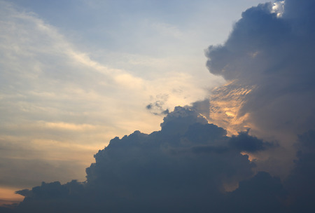 Gray Clouds on sky at the evening. 写真素材 - 124616247