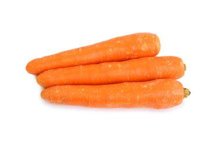 Zanahoria aislado sobre fondo blanco.
