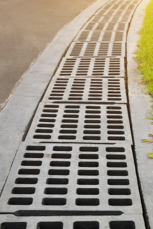 Draining cover