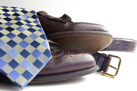Tie shoes and belt