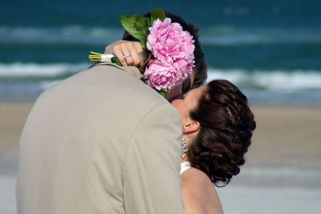 vow: beach kiss