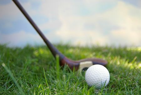 Golf ball and sky Stock Photo - 652054