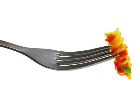 rotini: Closeup de pasta rotini, aislados en blanco