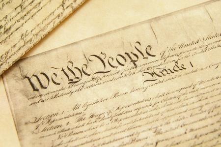constitucion: Detalle de una r�plica del documento de Constituci�n de los Estados Unidos Foto de archivo