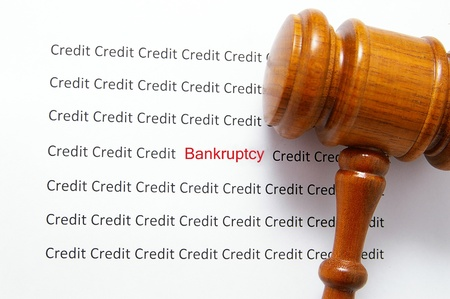 credit and bankruptcy text with legal gavel Imagens
