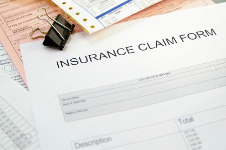 reclamo: Formulario de reclamaci�n de seguro de salud y facturas m�dicas