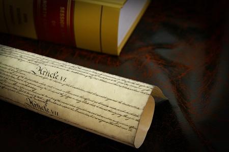 constitucion: La Constitución de los Estados Unidos y un libro de derecho