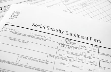s�curit� sociale: Gros plan d'un formulaire d'inscription sur la s�curit� sociale