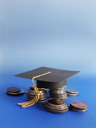 Casquillo de la graduación Mini en una variedad de monedas