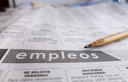 unemployment: Employment section of a Spanish language newspaper