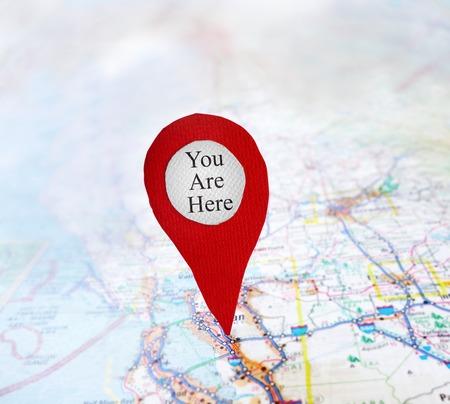 Vous êtes ici symbole de localisation sur une carte Banque d'images