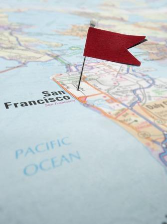 silicio: Mapa de San Francisco California con la bandera roja localizador Foto de archivo