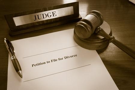 Petitie tot het dossier voor echtscheiding document Stockfoto