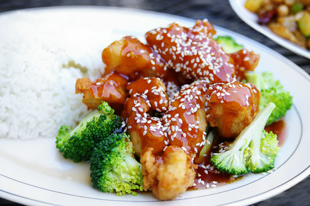 Sesame chicken entree with rice and broccoli