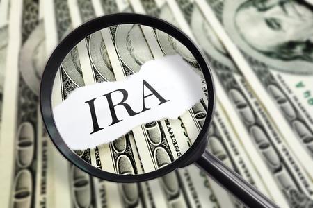 Magnifié un message IRA sur les factures en dollars cents Banque d'images