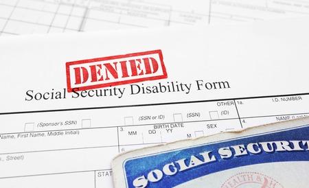 Denegado formulario de solicitud de discapacidad de seguridad social Foto de archivo - 69454257