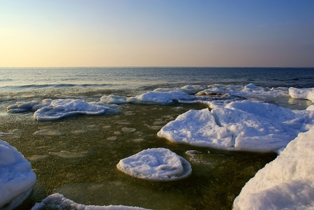 The Baltic seaside with ice floes photo