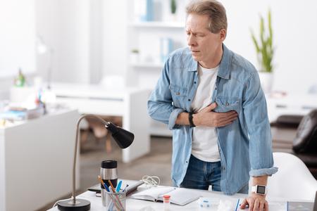 nasal: Anxious man having heart attack