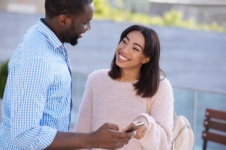 Was ist eine Datierungsbeziehung, die auf