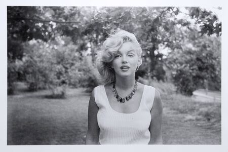 Marilyn Monroe photographed by Sam Shaw, 1957. Exhibition of photographs by Sam Shaw Redakční