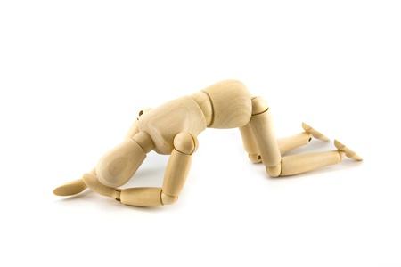 marioneta de madera: maniquíes de madera en el dolor