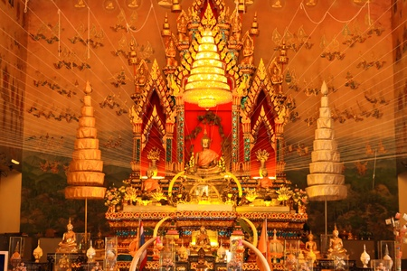 adore: golden buddha image
