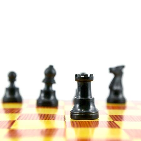 """gamesmanship: el ajedrez """"Torre"""", el atacante buena del ej�rcito aisladas sobre fondo blanco,"""