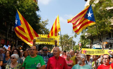 Barcelona/Spain - October 1 2019 -Seniors protest during a demonstration in Barcelona against the sentence of the Spanish court to keep in jail the Catalan politicians since October 2017 after the banned separatist referendum and declaration of independen Éditoriale