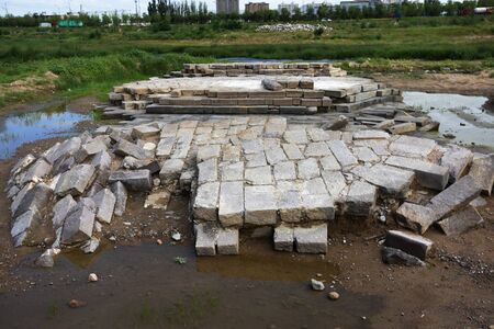 The ancient bridge of Ming Dynasty was discovered in Yanghe River, Xuanhua, Hebei