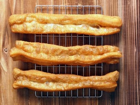 bign�: frittelle di pasta asiatico