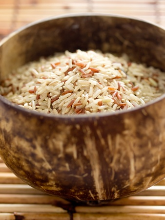 unpolished: raw unpolished rice