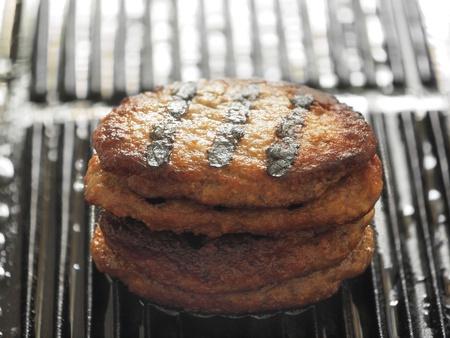 carne asada: Empanadas de carne a la parrilla       Foto de archivo