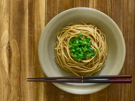 アジアの煮込み麺