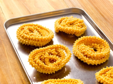 murkoo: tray of traditional indian snack