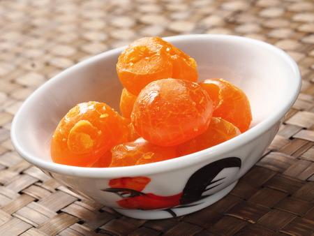 素朴な中国黄金塩漬け卵の黄身のクローズ アップ