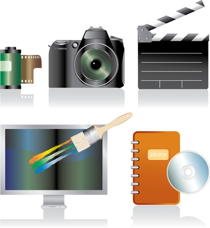 vector photoralistic icons for photo and movie Stock Vector - 3496982