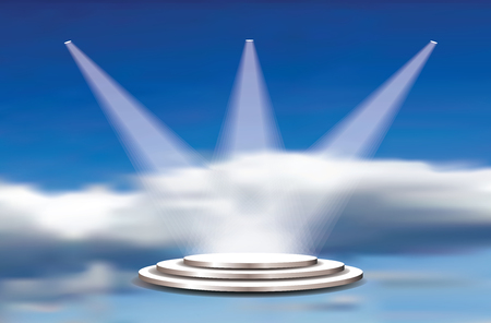 Piédestaux blancs vectoriels vides, projecteurs et ciel nuageux. Modèle pour la présentation du produit au paradis. Contexte des champions et des vainqueurs
