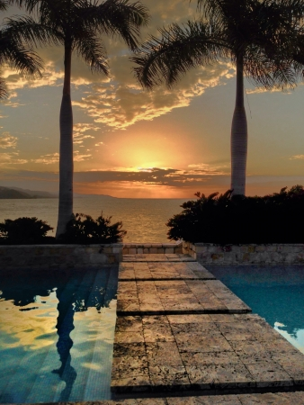 jamaica: View of the sunset over the carribean see in jamaica