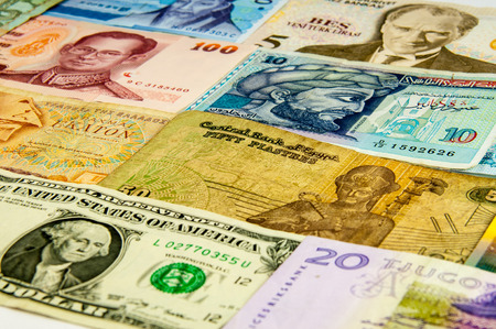 rupee: The variety of portraits on the banknotes from around the world