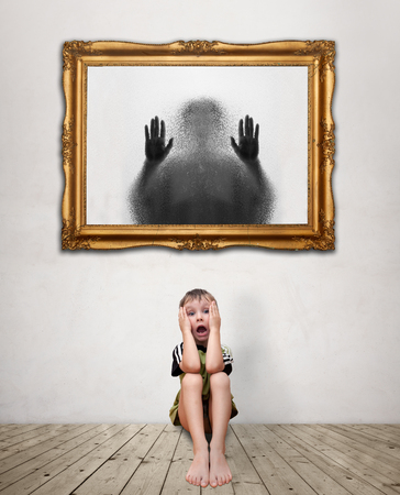 frightfulness: Image of a child who has a great deal of fear