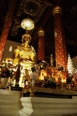 Ancient Golden Buddha Statue Stock Photo - 7618533