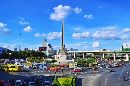 BANGKOK, THAILAND - August 23 : Victory monument in central Bangkok on August 23,2011 in Bangkok. Stock Photo - 11729330