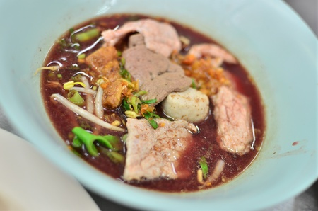 Asian style noodle with pork and vegetables , Asian style food Stock Photo - 14016296
