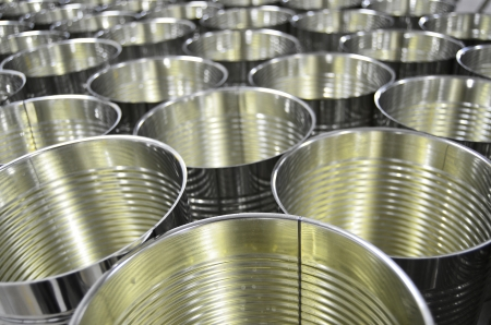 Aluminium Cans in factory warehouse Stock Photo - 14016354