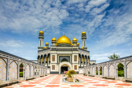 Beautiful View of Jame Asr Hassanil Bolkiah Mosque with Courtyard in Front - Bandar Seri Begawan, Brunei, Southeast Asia Stock Photo