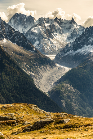 View Of Glacier d Argentiere And Mountain Range In The Background-Mont Blanc Area, France 版權商用圖片 - 50476482